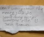 Encuentra iPhone, lo regresa, rechaza recompensa y deja esta nota