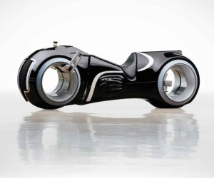 real-life-tron-light-cycle-for-sale-by-rm-auctions-9