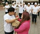 En China, hombre hace engordar a su novia... por celos