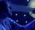 Plantas carnívoras, insectos gigantes y una selva muy lo-fi en el nuevo video de Django Django