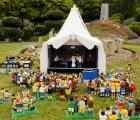 ¡Ya empezó Glastonbury!... en Legoland