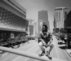 """Kendrick Lamar levita a través de Los Ángeles en el impresionante nuevo video de """"Alright"""""""