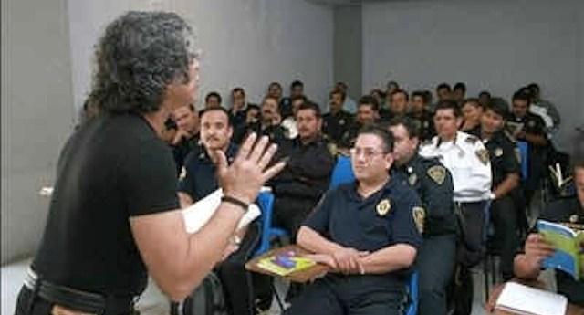Educando-policia