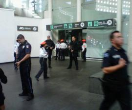 Policias AICM