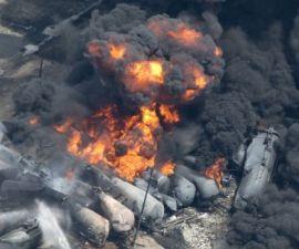 explosion petroleo canada5