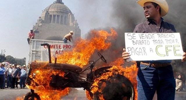 Protest-against-NAFTA-in--008