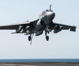 irak avión bombardero