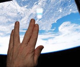saludo_espacial_2