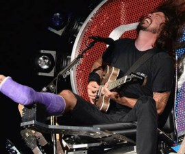 Dave-Grohl-Guitar