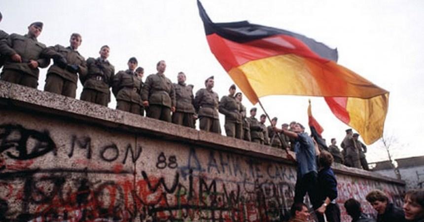 berlin-wall-849498340