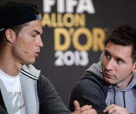 Fussball International FIFA Ballon d Or / Weltfussballer 2013 PK 13.01.2014 Lionel Messi (re, FC Barcelona) und Cristiano Ronaldo (li, Real Madrid) PUBLICATIONxNOTxINxAUTxSUIxITA  Football International FIFA Balloon D Or World footballer 2013 press conference 13 01 2014 Lionel Messi right FC Barcelona and Cristiano Ronaldo left Real Madrid PUBLICATIONxNOTxINxAUTxSUIxITA