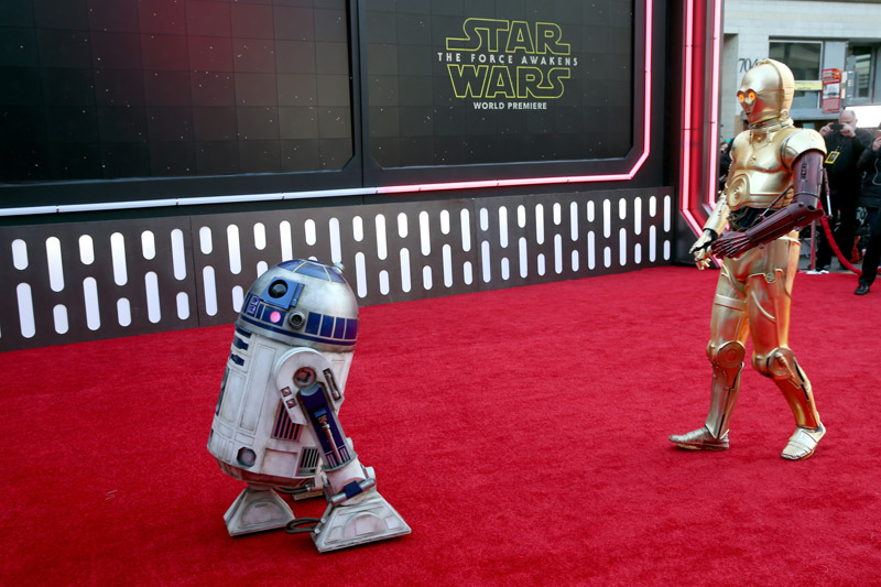 Star-Wars-The-Force-Awakens-Premier-11