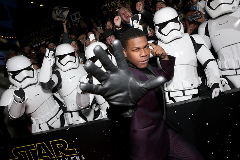 Star-Wars-The-Force-Awakens-Premier-3