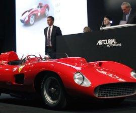 Ferrari 335 S Spider Scaglietti Messi