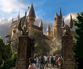 Hogwarts_Exterior_LR