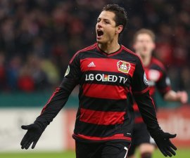 chicharito gol bayer 04