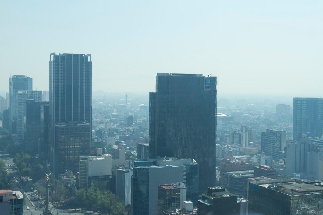 60315085. México, 15 Mar 2016. (Notimex-Jorge Torres).- En el Valle de México se mantiene la aplicación de la Fase 1 de Contingencia Ambiental por Ozono, pues continúa la mala calidad del aire y las condiciones meteorológicas son adversas para la dispersión de contaminantes. NOTIMEX/FOTO/JORGE TORRES/JTC/ENV