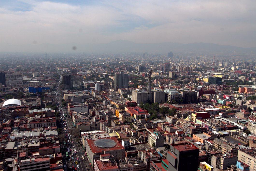 60317117. México, 17 Mar 2016 (Notimex-Nicolás Tavira).- Debido a que no existen las condiciones atmosféricas adecuadas, la Fase 1 de Contingencia por Ozono en la Zona Metropolitana del Valle de México se mantiene, informó la Comisión Ambiental de la Megalópolis (Came). NOTIMEX/FOTO/NICOLÁS TAVIRA/NTA/WEA/EXTREMO/NALES/OZONO16/