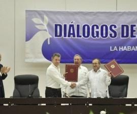 gobierno-Colombia-FARC-firman-acuerdo-paz