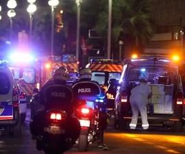 Niza-Ataque-Terrorista-Bastilla-Policia