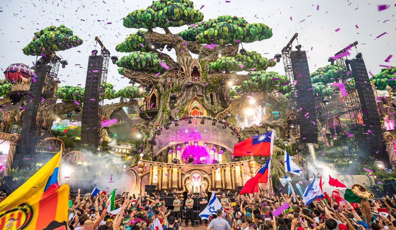 Tomorrowland--2016-Dia-2-4