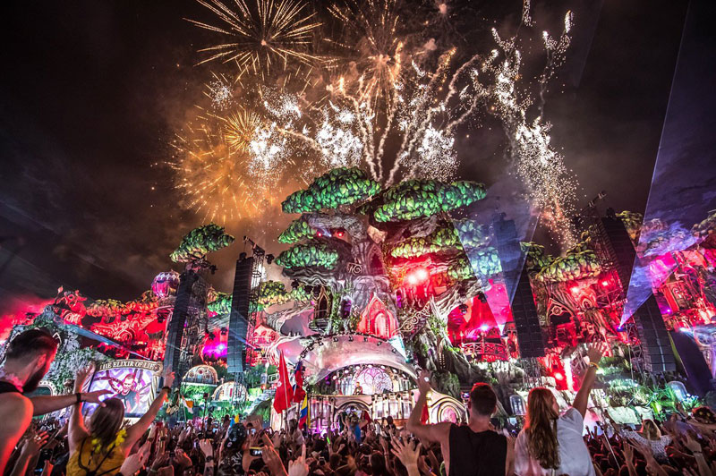 Tomorrowland--2016-Dia-2-9