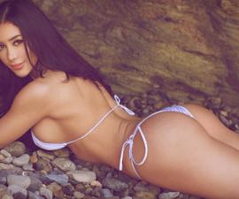 joselyn-cano-bikini