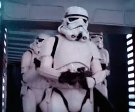 stormtrooper-distraido-michael