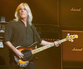 cliff-williams-sale-de-acdc