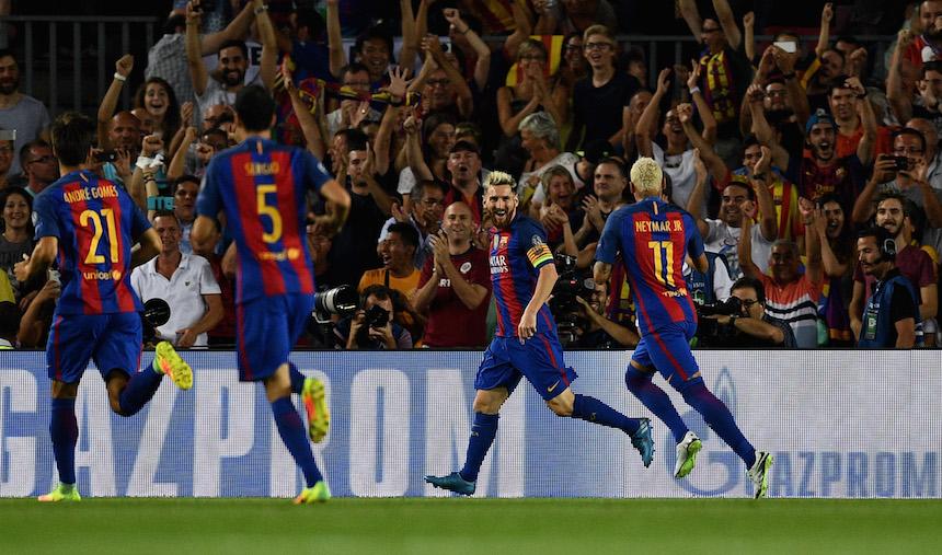 Barcelona comenzó con todo el encuentro y al minuto tres Messi logró el primer del encuentro