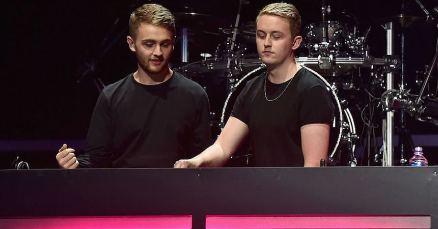 Disclosure ofreció un mix en vivo desde la cocina de su casa en honor al club Fabric