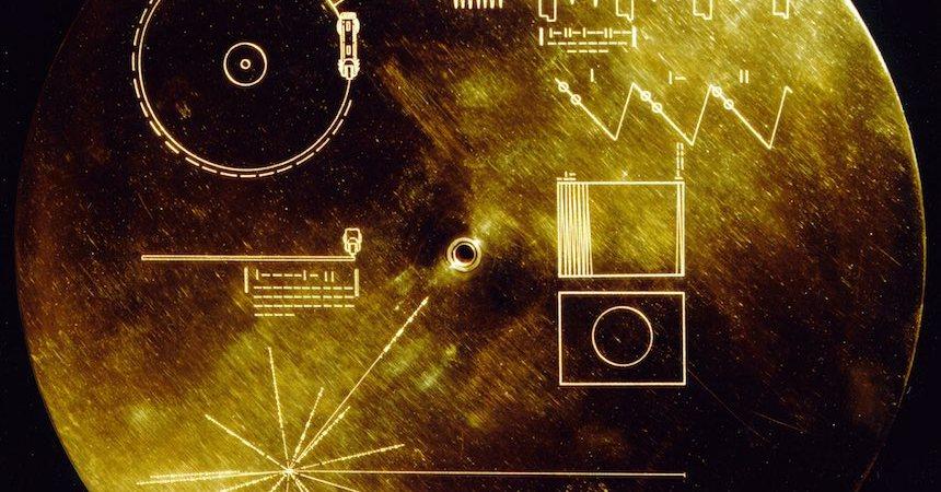 disco-voyager-carl-sagan11