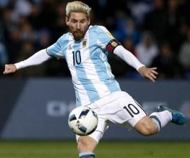 Messi en el juego contra Uruguay