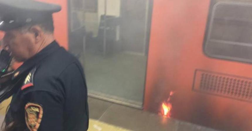 Se incendia vagón del metro en la estación Cuauhtémoc