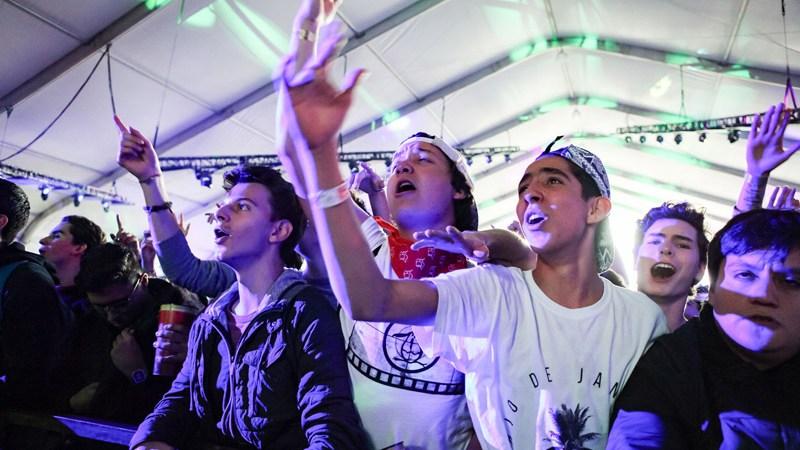 Gente Cantando Corona Capital