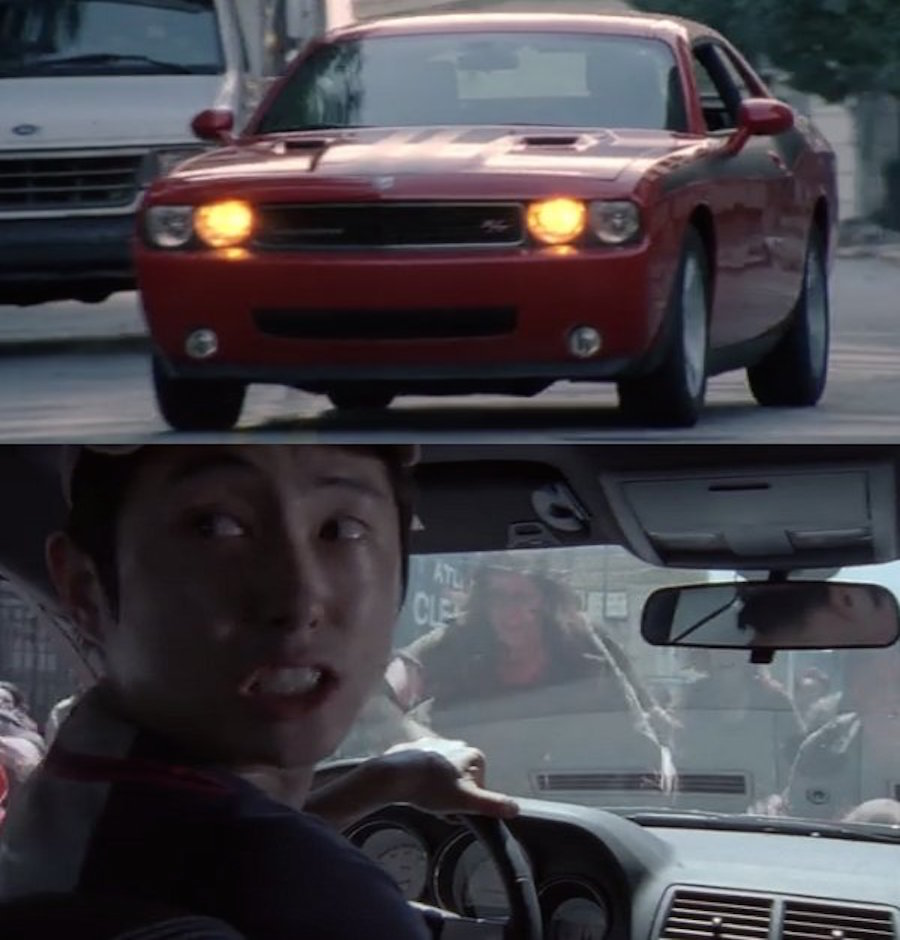 Gleen conduciendo un auto en TWD