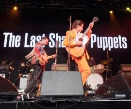 The Last Shadow Puppets estrenan videos.
