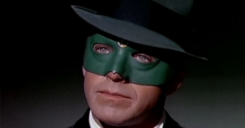 Van Williams como el Avispón Verde