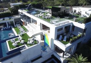 Dennos dos: esta pequeña casa tiene un costo de 250 millones de dólares