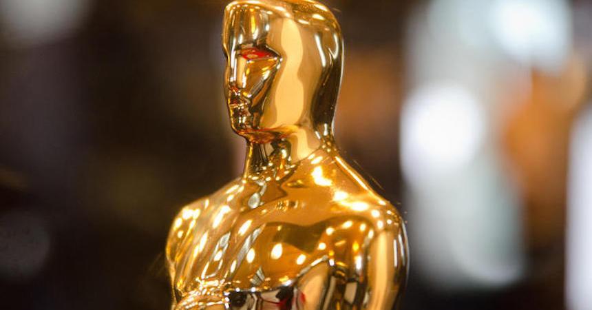 Esatuilla dorada del Oscar
