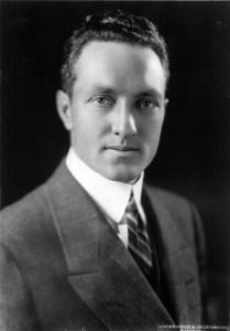 Photo: Underwood & Underwood. Library of Congress. Public domain.