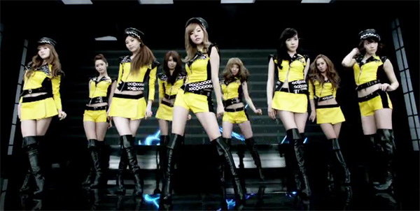 Girls In Lingerie Pc Wallpapeer Mr Taxi Reaches 60 Million Views On Youtube