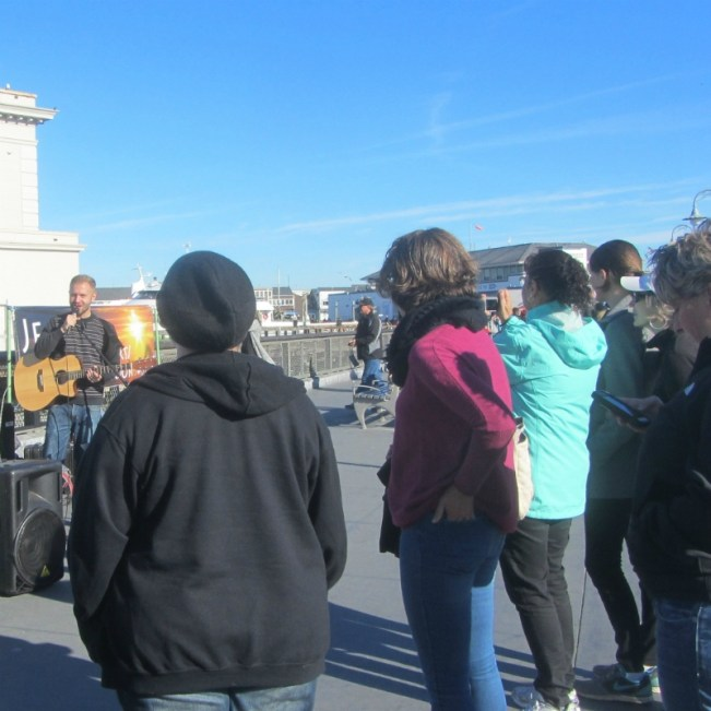 CAL SINGS AT FISHERMAN'S WHARF.