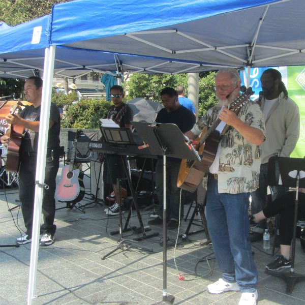NEW LIFE CHRISTIAN CHURCH WORSHIP GROUP AT UNION SQUARE
