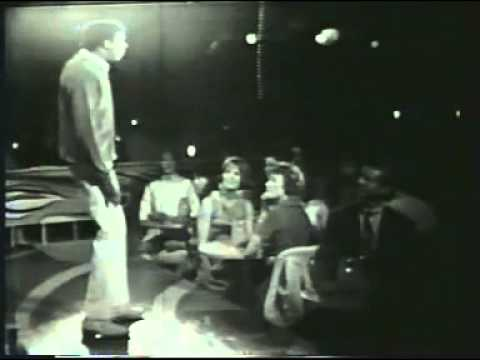 Comedic Legend Richard Pryor Sings the Blues…..and NAILS IT!!! [RARE VIDEO]