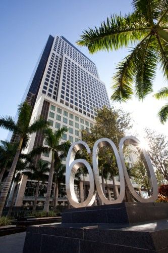 600-Brickell-The-Foram-Group-photo-by-Robin-Hill-c-LO-RES