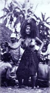 Taupou dancing in Samoa