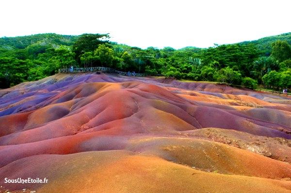 terre des sept couleurs chamarel maurice