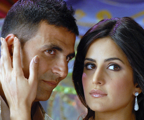 Katrina Kaif and Akshay Kumar in De Dana Dan 4 Katrina Kaif in De Dana Dan Photo Gallery