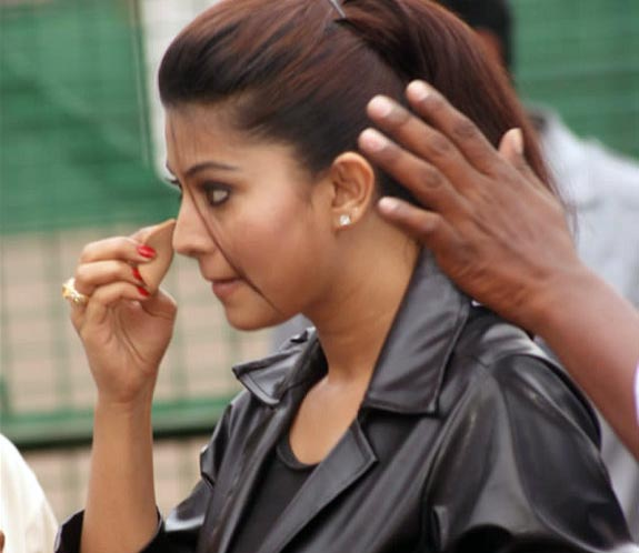 Sneha Goa on Location Exclusive stills pics images photo gallery 07 Actress Sneha in Goa movie shooting spot photo gallery